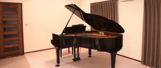 縄手ピアノ教室ピアノレッスン室